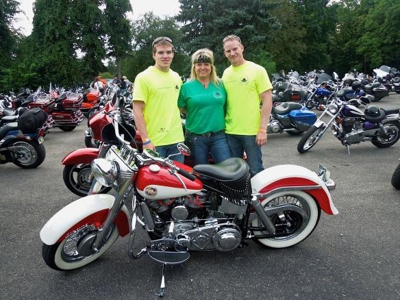 Connie Nicholson and sons - Memorial Ride
