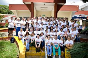 Operation Walk - Group photo of volunteers